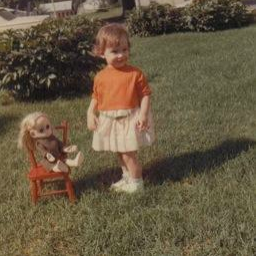gretl-and-doll
